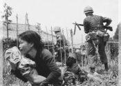 Phân tích điểm giống và khác nhau của hai nhân vật Việt Và Chiến trong truyện ngắn Những đứa con trong gia đình