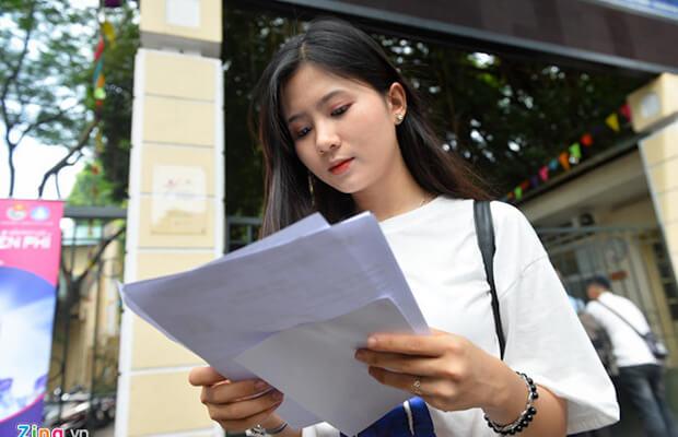 Chủ tịch Hồ Chí Minh có nói: Học để hành, học với hành phải đi đôi. Học mà không hành thì học vô ích, hành mà không học thì hành không trôi chảy. Em hãy bình luận câu nói đó.